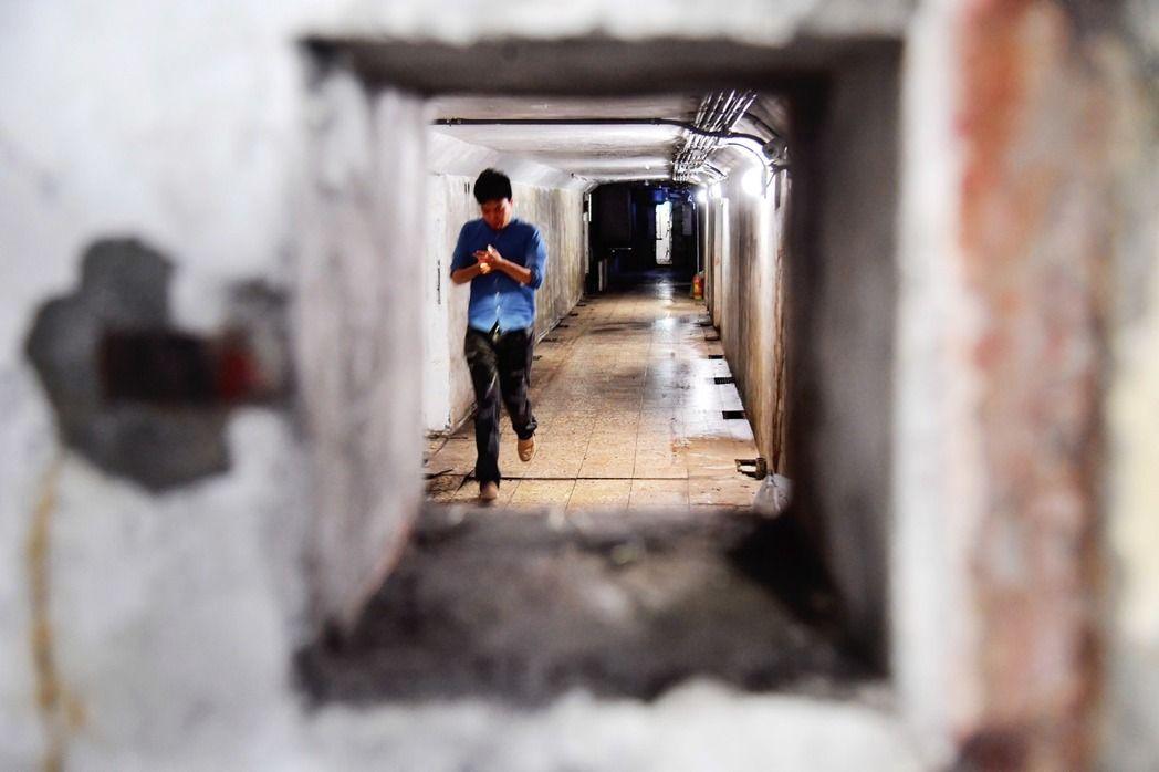 """台北斥资1.6亿修整蒋介石时期""""战备密道"""" 两年后成废墟"""