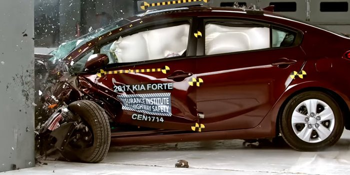 起亚福瑞迪在美获最高安全评级 车门加固