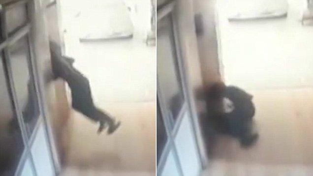 印度一14岁男孩将头探入电梯门酿悲剧