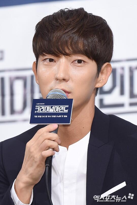 李准基公布恋情后首现身 出演韩版《犯罪心理》