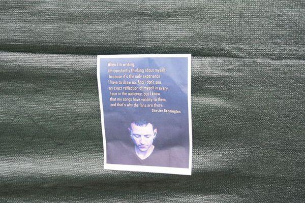 林肯公园主唱自杀现场曝光