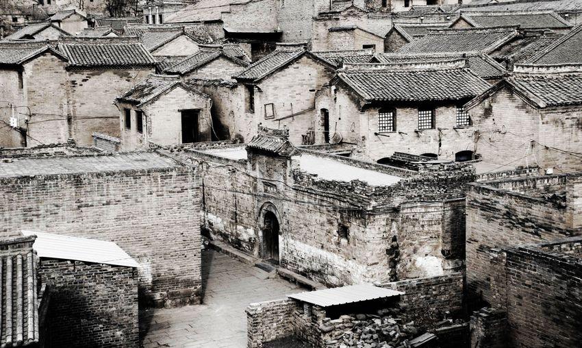 古村落活态传承历史文化和万家灯火