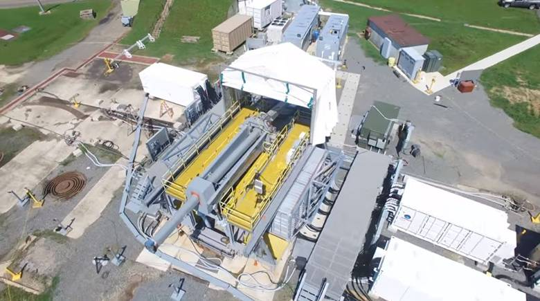 美国电磁炮首度连续发射测试