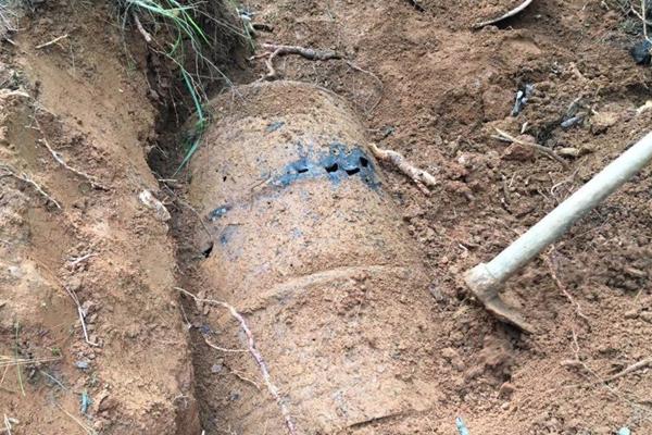 云南发现多个二战汽油桶 内藏远征军遗骸