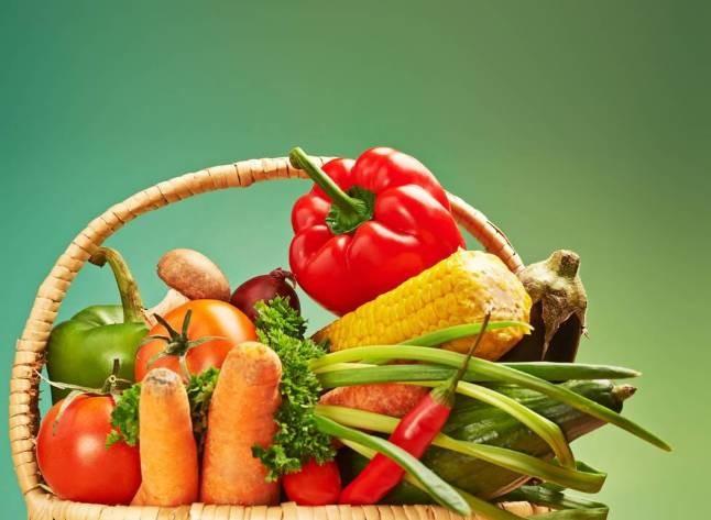 营养科主任:蔬菜这么做,十几倍营养全丢了!99%的人都做错了