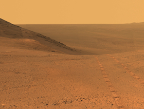 "NASA机遇号火星车传回""毅力谷""全景图增强图像"