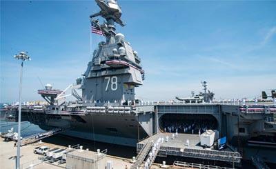 美国福特级航母首舰福特号服役