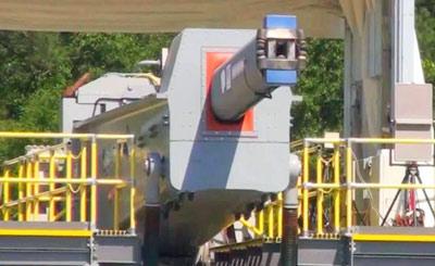 美军电磁炮进行连续开火测试