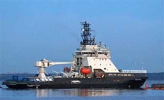 俄海军最新破冰船出厂试航