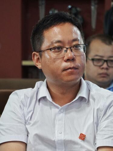 河南豫资芯鑫融资租赁有限责任公司副总裁任黎涛