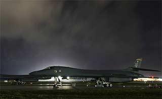 中国周边杀器 部署关岛B1B轰炸机