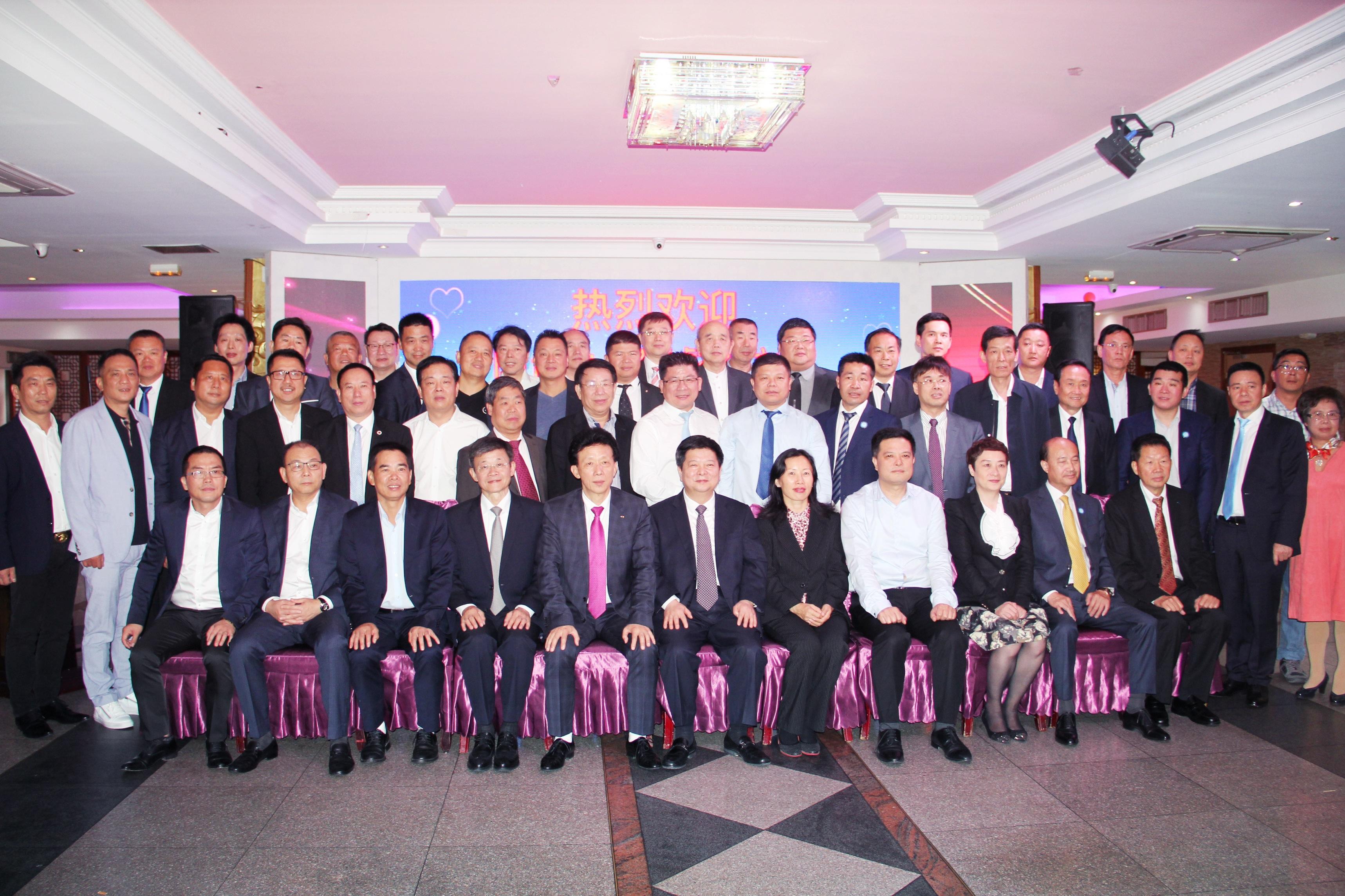国台办副主任龙明彪与旅法侨界座谈:凝心聚力促进两岸和平统一