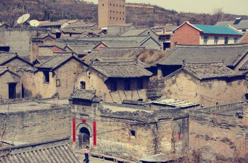 从乡村旅游看传统村落?;?/></a>                                         <h3><a href=