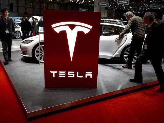 特斯拉Model S软件升级 重获最高安全评级