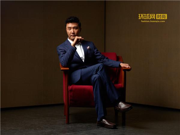 北京人艺演员刘辉_吴刚:我知道真正的艺术家是什么样_时尚_环球网