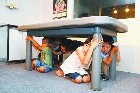 吸引国际关注 日本地震体验馆成热门景点