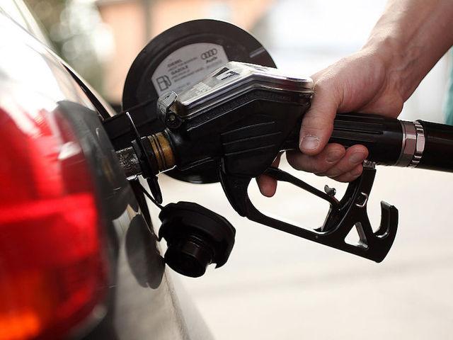 英国拟2040年全面禁售燃油车型 扶持电动汽车发展