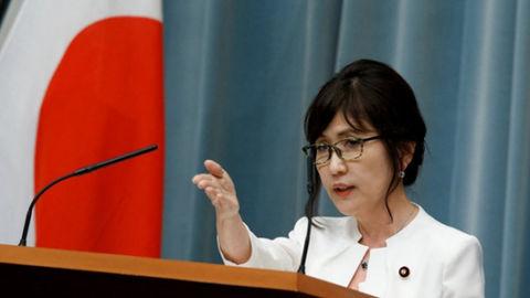 日本防卫大臣稻田朋美辞职