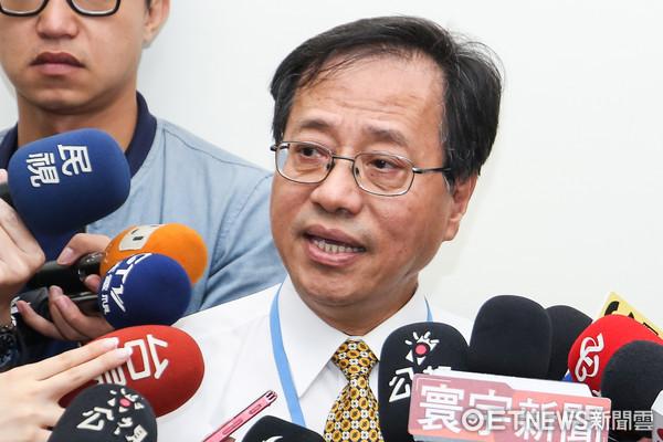 蔡当局规定军公教2018年不调薪 李来希批台湾的悲哀