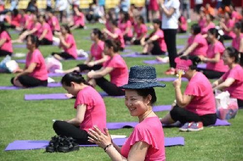 """西媒:看中国产妇""""坐月子"""" 有些习惯觉得应该改"""