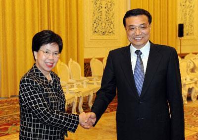 李克强会见世界卫生组织前任总干事陈冯富珍