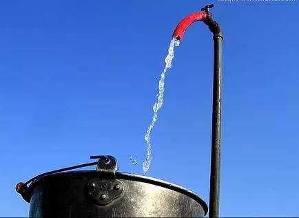 美国公共饮水现致癌化学物 专家敦促民众注意