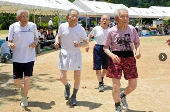 日本人均期望寿命连增五年全球第二 仅次于香港