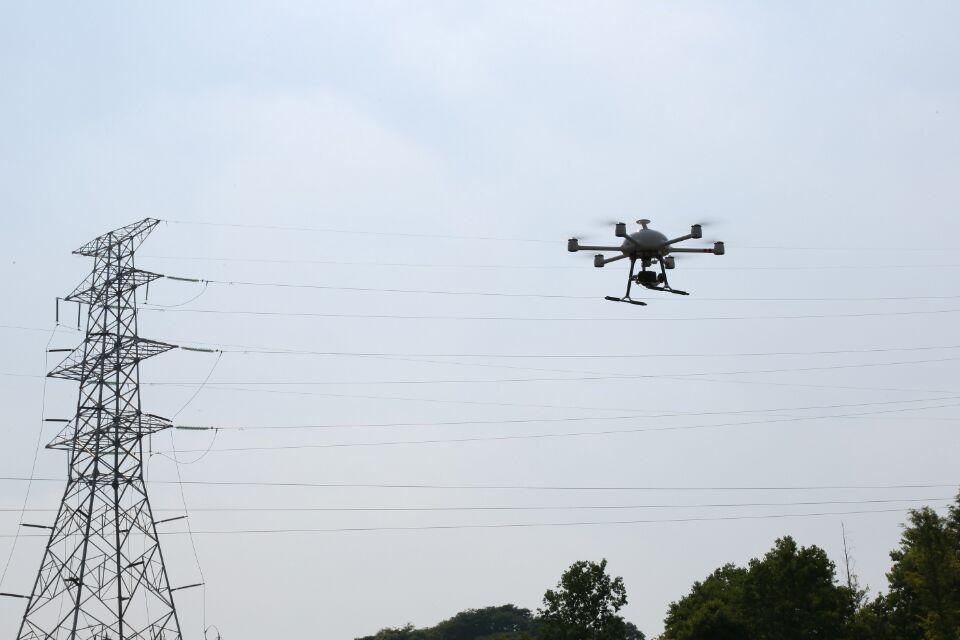 """杭州萧山:无人机""""加盟""""巡检队让供电更可靠"""