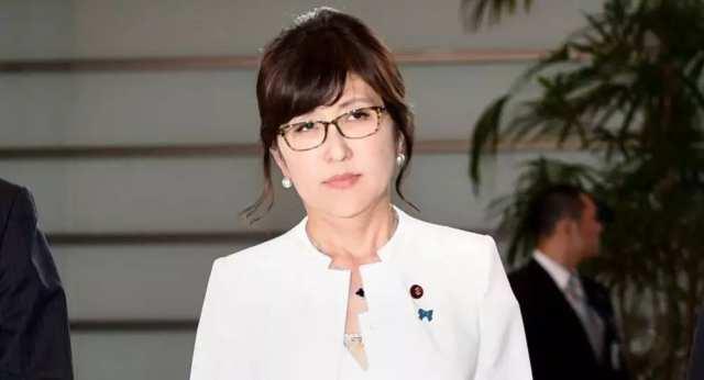 日防卫大臣稻田朋美黯然退场 曾否认南京大屠杀