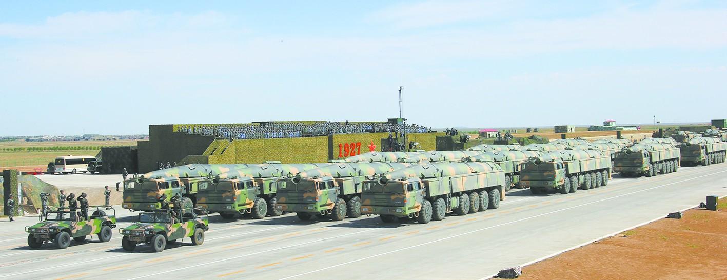 外媒关注中国阅兵装备:中国军队进入高科技时代