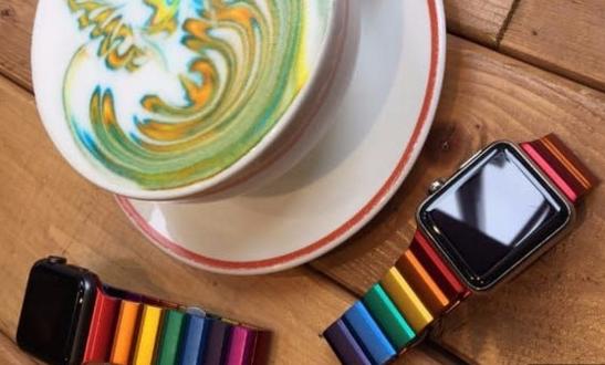奢侈品制造商推限量版AW彩虹表带 外形设计吸睛