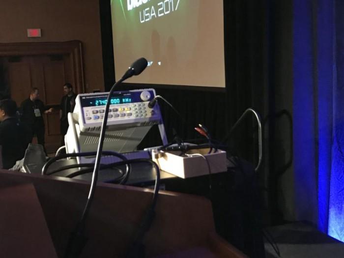 阿里巴巴研究人员演示用声音攻击智能设备