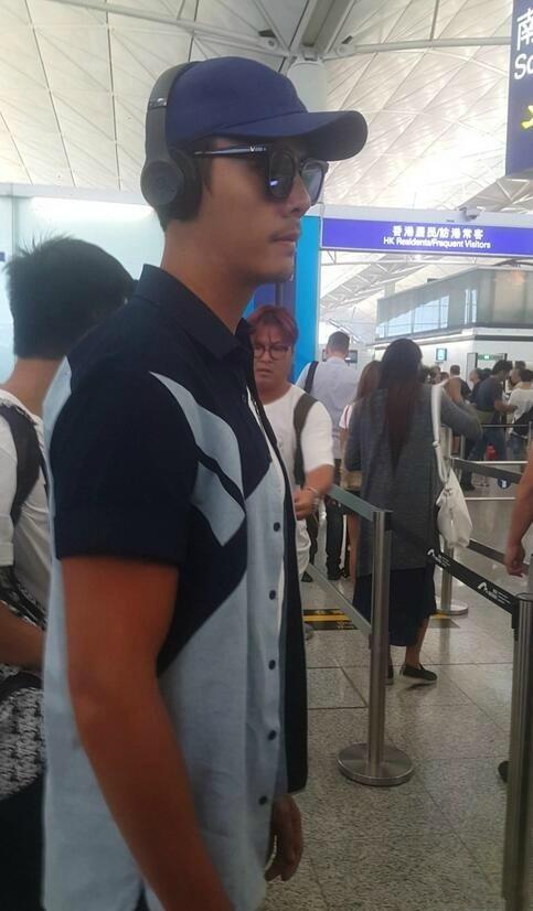 陈伟霆休假晒黑成这样 机场安检人员都懵了