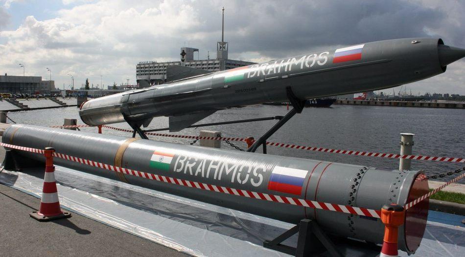 美媒:印度64枚布拉莫斯导弹能打掉航母战斗群