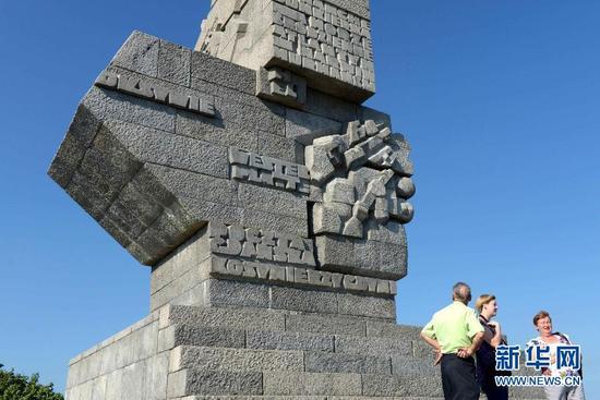 波兰要拆二战纪念碑 俄罗斯急了:拆了就制裁!