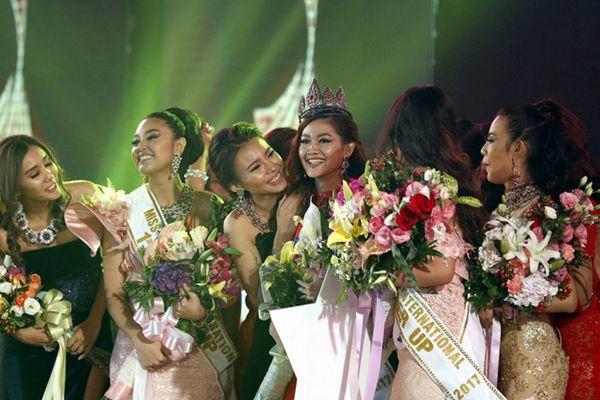 缅甸2017国际小姐选美大赛决赛 分外养眼