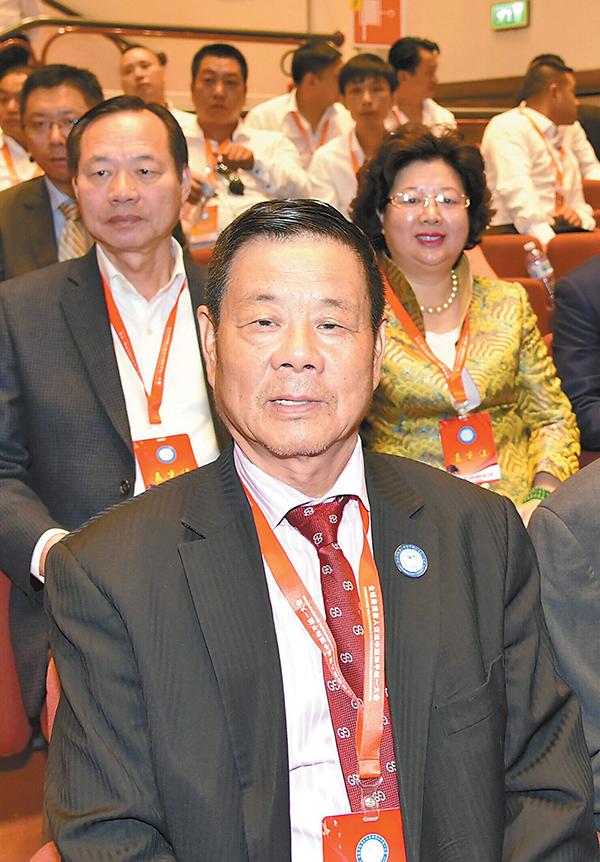 旅欧侨胞热议中国和平统一