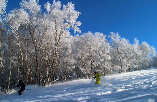 山西万龙滑雪场建设正酣 将于年底开门迎客