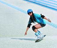 热天照样能滑雪 尖锋旱雪滑雪场试营助力冬奥