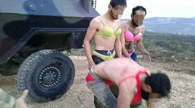 土耳其士兵辱虐难民遭拘禁 逼其穿女士内衣