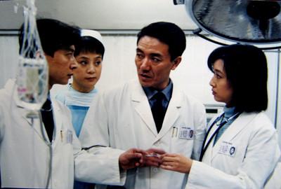 胰腺炎住院40天 导演田沁鑫:ICU四位年轻人去世了