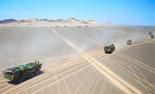 防空导弹旅大漠中机动考核