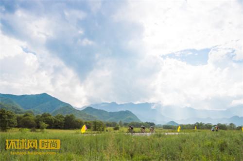 2017环大九湖神农架国际大学生自行车挑战赛落下帷幕