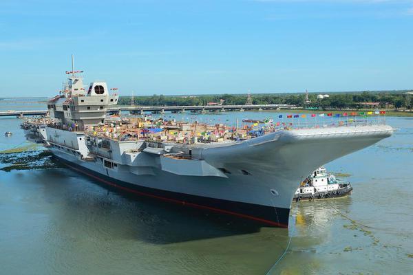 美媒鼓吹印度造军舰能力提升:自造航母和核潜艇