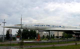 俄超音速客机现在成一堆废铁
