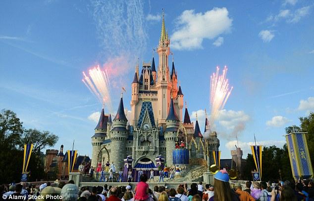 迪士尼终止与奈飞公司合作 计划自营流媒体服务