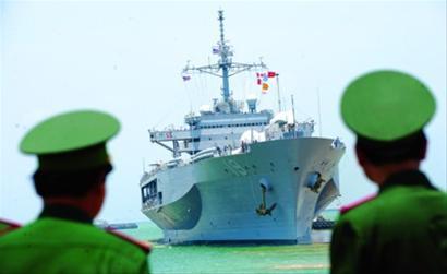 """美航母越战后将首访越南:要维护""""自由航行"""""""
