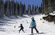 河北新增两项滑雪场安全标准 填补一项国内空白