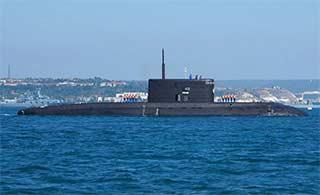 俄罗斯自用基洛级潜艇保养不错