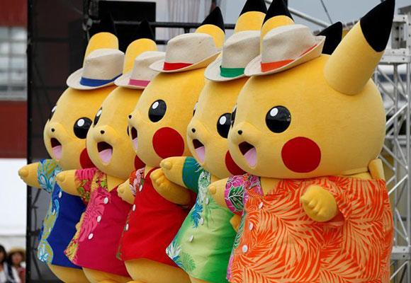 日本横滨举行皮卡丘节 吸引游客观光